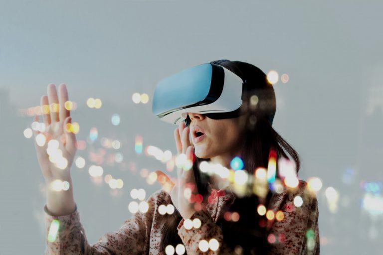 woman using VR